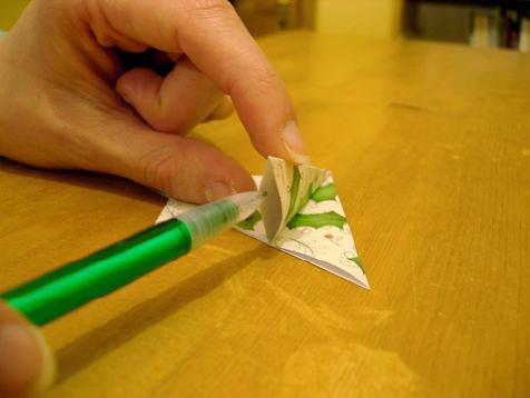 Поэтапные фото, как сделать своими руками новогоднюю открытку с 3D елкой