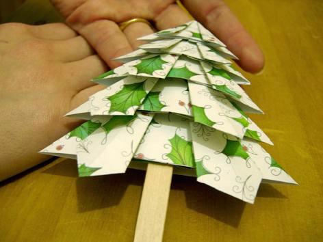 ... руками новогоднюю открытку с 3D елкой: kaknam.com/kak-sdelat-otkrytku-3d-s-yolochkoi.html