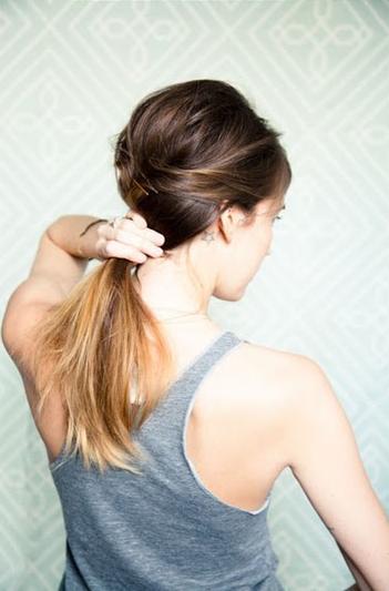 Волосы в хвост
