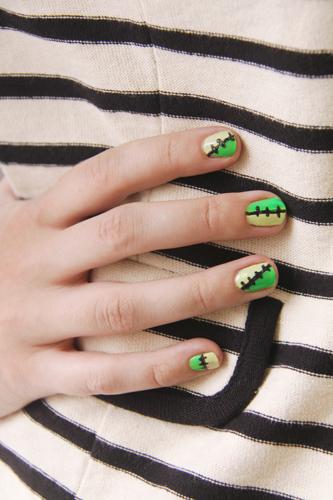 Фото маникюра для Хэллоуина - Ногти Франкенштейна