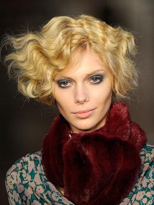 Модная укладка волос