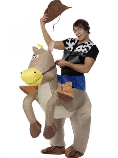 Оригинальный новогодний костюм ковбоя на лошади