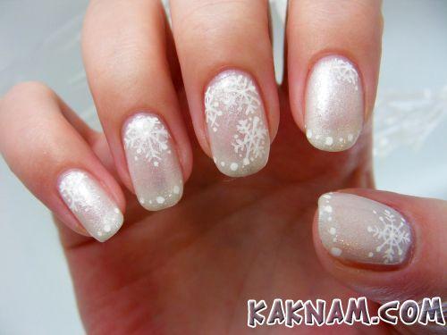 Снежинки на ногтях-2