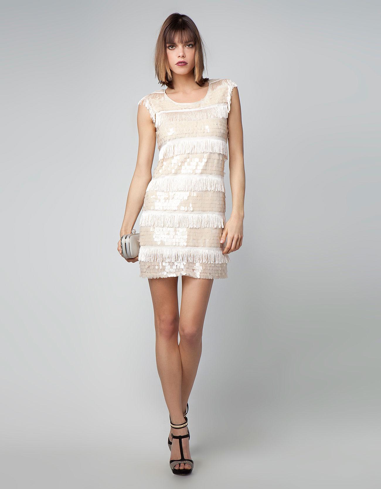 Секс в белом коротком платье 10 фотография