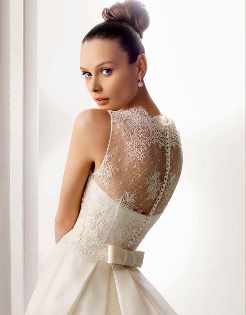 Фото сексуальных свадебных платьев c кружевами от Rosa Clara «Amigo»
