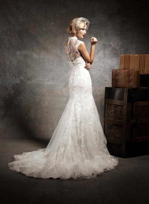 Фото сексуальных свадебных платьев c кружевами от Justin Alexander 8641