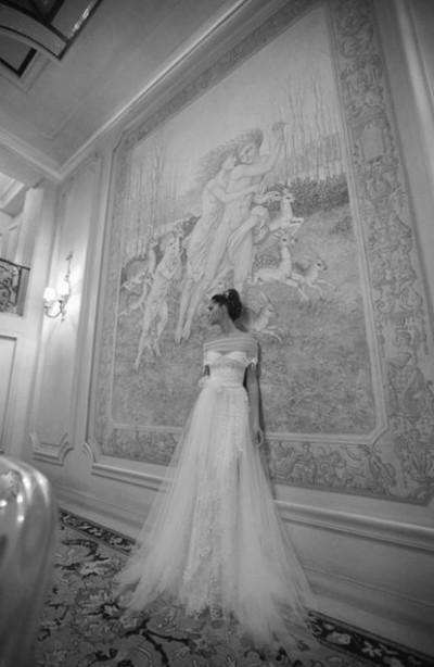 Фото свадебного платья из коллекции 2011 Inbal Dror